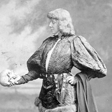 Photo of Sarah Bernhardt as Hamlet, Furness Theatrical Image Collection, Furness P/Be800.1 S Small Box, Kislak Cente